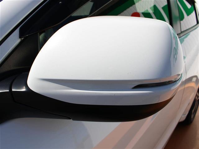 「ホンダ」「ヴェゼル」「SUV・クロカン」「三重県」の中古車12