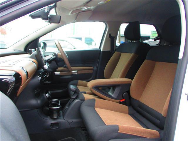 「シトロエン」「シトロエン C4 カクタス」「SUV・クロカン」「三重県」の中古車18