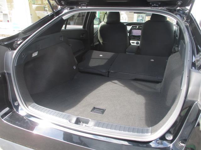 S トヨタセーフティセンスP 社外9型ナビ スマートキー プッシュスタート(24枚目)