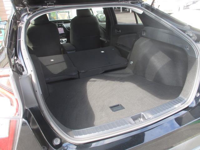 S トヨタセーフティセンスP 社外9型ナビ スマートキー プッシュスタート(25枚目)