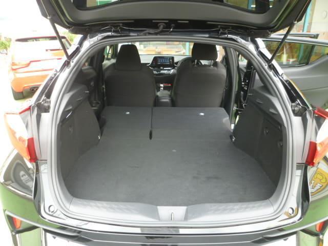 「トヨタ」「C-HR」「SUV・クロカン」「和歌山県」の中古車12