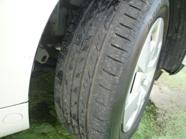 「トヨタ」「イスト」「コンパクトカー」「和歌山県」の中古車14
