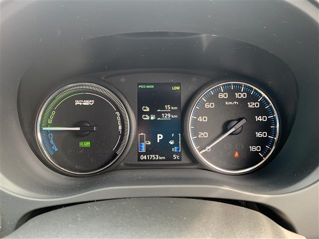 「三菱」「アウトランダーPHEV」「SUV・クロカン」「京都府」の中古車16