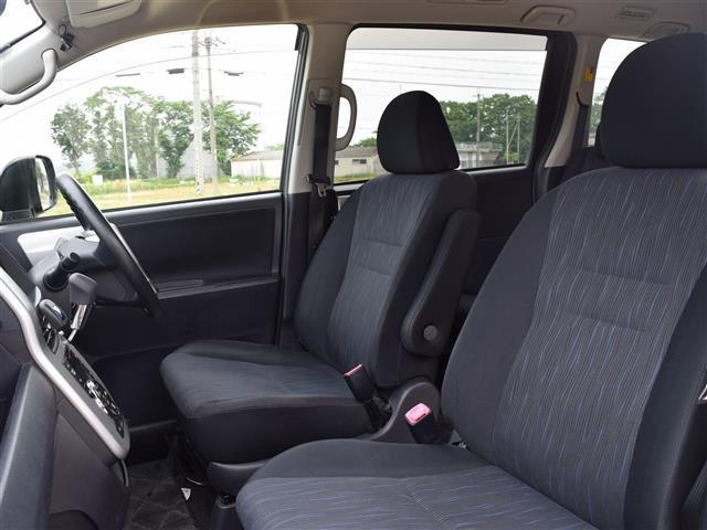 「トヨタ」「ヴォクシー」「ミニバン・ワンボックス」「兵庫県」の中古車16
