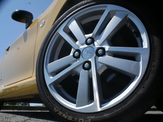 ローブ 社外リアスポイラー フロントカップスポイラー タワーバー LEDヘッドライト バックカメラ ETC スマートキー プッシュスタート シートヒーター 5速マニュアル ディスプレイオーディオ(19枚目)