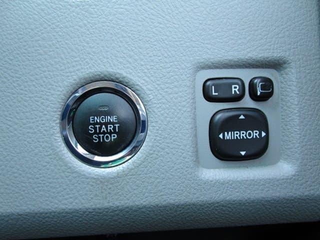240G ワンオーナー 4WD HDDナビ ETC プッシュスタート HID フォグライト 純正16インチAW 前席パワーシート 電動格納ミラー(18枚目)