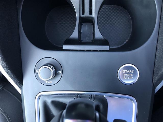 「アウディ」「Q2」「SUV・クロカン」「京都府」の中古車17