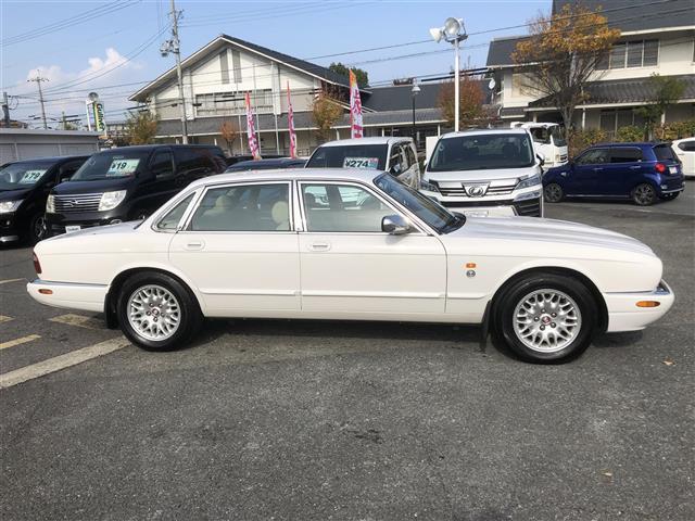 「ジャガー」「XJ」「セダン」「京都府」の中古車9