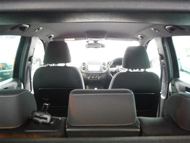 2.0TSI Rライン 4モーション 4WD 保証書 取説 純正ナビ 地デジ DVD BLUETOOTH バックカメラ ETC 純正19インチAW キセノンライト クルーズコントロール パークセンサー キーレス2個 ドライブレコーダー(18枚目)