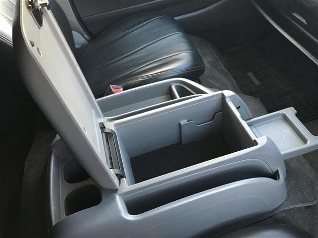 トヨタ ハイエースバン スーパーGL ロング ワイド ベットキット ローダウン ナビ