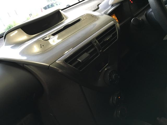 トヨタ iQ 100X 新品17インチAW 新品タイヤ スモークテール