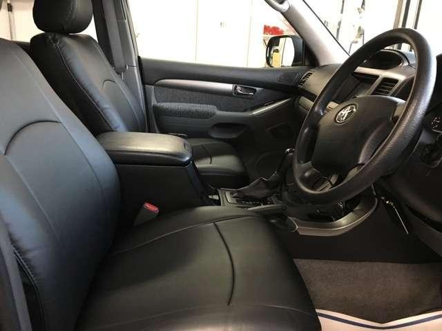 トヨタ ランドクルーザープラド TXリフトUP 新品シートカバー