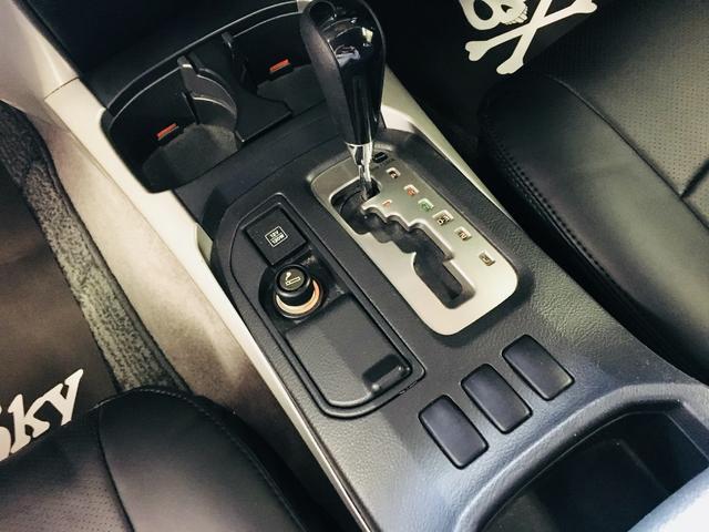 トヨタ ハイラックスサーフ アメリカン 新品USデメロフロントバンパー リフトアップ