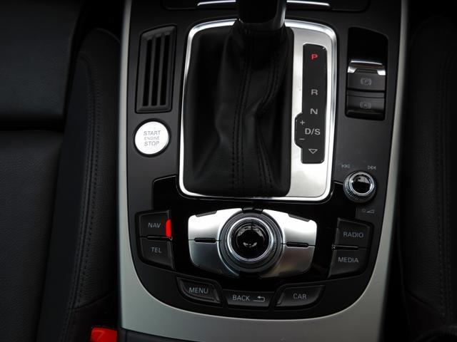 アウディ アウディ A5スポーツバック 2.0TFSIクワトロ 4WD 黒革