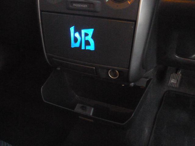 トヨタ bB S Wバージョン ナビTV 外17AW 外マフラ ローダウン