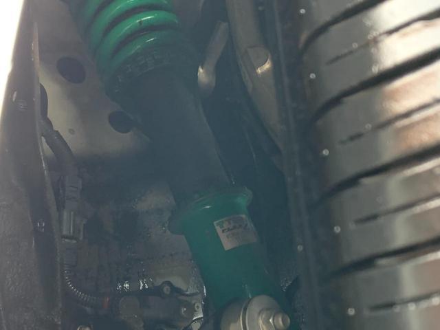 eR仕様 買取直販 安心のバネサス 黒革 サンルーフ DVDマルチ バックカメラ シートヒーター ETC(4枚目)