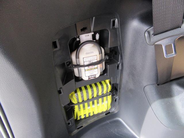 X 除菌済 ワンオーナー モデリスタエアロ スマートキー 両側パワースライドドア 社外ナビ フルセグTV 音楽録音 DVD再生 ブルートゥース ドライブレコーダー バックカメラ ETC ウォークスルー(36枚目)
