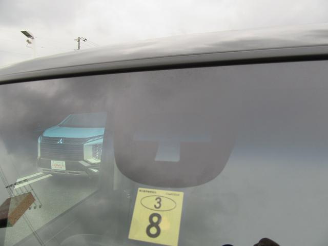 G SSブラックスタイルパッケージ 除菌済 ワンオーナー CTBA 社外ナビ ワンセグTV CD再生 両側パワースライドドア フルフラット シートバックテーブル HID オートライト スマートキー フォグ ETC アイドリングストップ(21枚目)