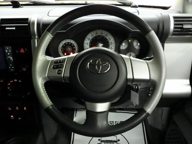 トヨタ FJクルーザー オフロードパッケージ ルーフラック ナビ フルセグ ETC
