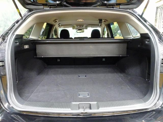 1.6GT-Sアイサイト 8型ナビ 寒冷地仕様 禁煙車(12枚目)