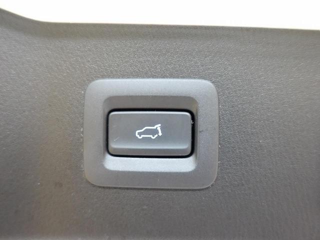 XD プロアクティブ 禁煙車 全周囲カメラ メーカーナビ フルセグTV レンタアップ クリアランスソナー 衝突軽減装置 レーダークルコン 電動リアゲート シートヒーター LEDヘッドライト ドラレコ ETC 純正19AW(5枚目)