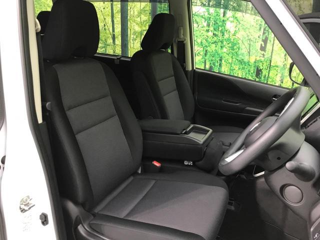 『セカンドシートは使用感も少なくキレイな状態です!大人でも快適に乗って頂けます♪』『サードシート』1番後ろの席だって、窮屈な思いはさせません!足元までしっかりスペースを確保できています!!シートの前後
