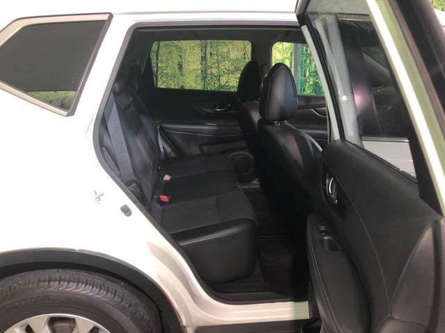 20X エマージェンシーブレーキパッケージ 禁煙車 4WD SDナビ エマージェンシーブレーキ 前席シートヒーター クリアランスソナー LEDヘッドライト 純正17AW ETC インテリジェントキー プッシュスタート デュアルオートエアコン(12枚目)
