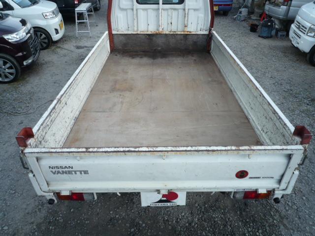 日産 バネットトラック トラック1.8DXロング木製デッキWタイヤ 5速MT 3方開