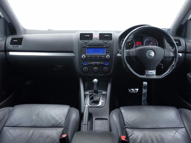フォルクスワーゲン VW ゴルフ R32 V6DOHC 250PS 4MOTION 6速DSG