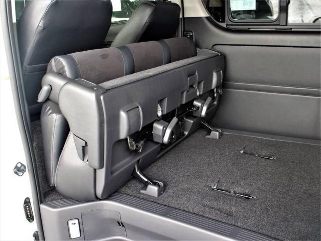 トヨタ ハイエースバン 2.8 スーパーGL ダークプライム TSS付ライトカスタム