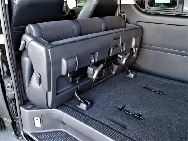 トヨタ ハイエースバン 2.8 スーパーGL ロング ディーゼルターボ 4WD 新型