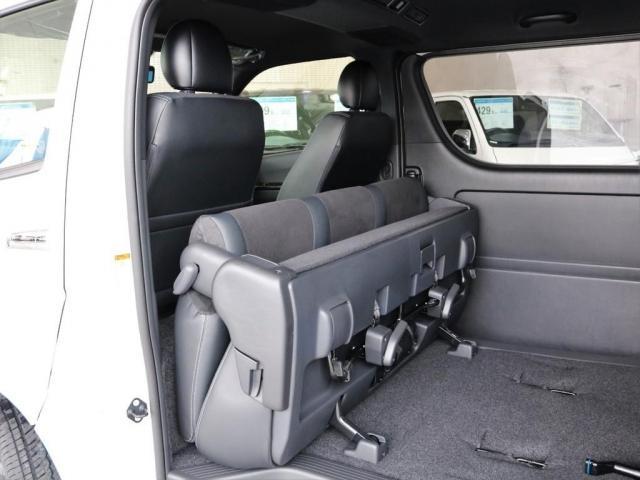 スーパーGL ダークプライムII ディーゼルターボ2WD FLEXカスタム 両側オートスライドドア パノラミックビューモニター ブルーレイ再生パナソニック10インチナビ(12枚目)