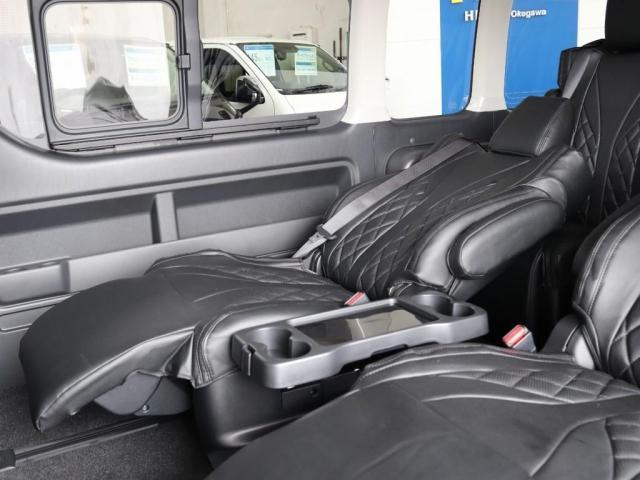 グランドキャビン ファインテックツアラー 4WD寒冷地仕様 キャプテンシート 10インチナビ ブルーレイ再生 ローダウン FLEXカスタム(11枚目)