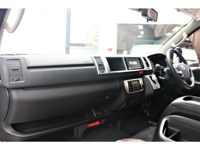 GL FLEXカスタム 4WD寒冷地仕様 リノカシートカバー パナソニックナビ ETC 後席フリップダウンモニター パノラミックビューモニター デジタルインナーミラー(4枚目)