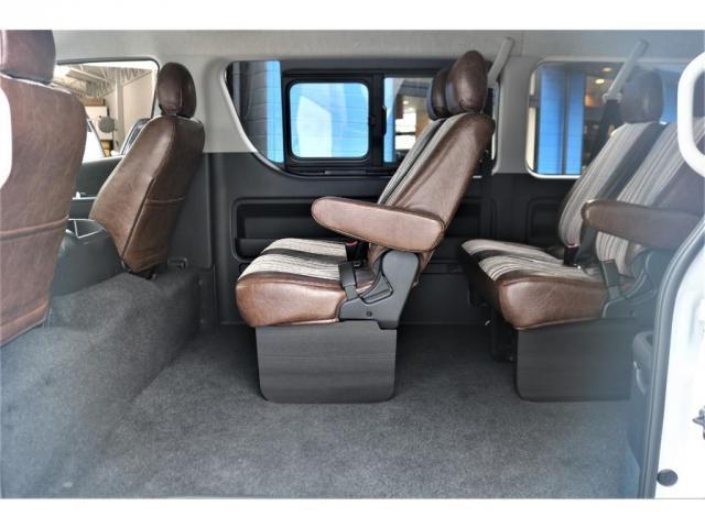 GL FLEXカスタム 4WD寒冷地仕様 リノカシートカバー パナソニックナビ ETC 後席フリップダウンモニター パノラミックビューモニター デジタルインナーミラー(12枚目)
