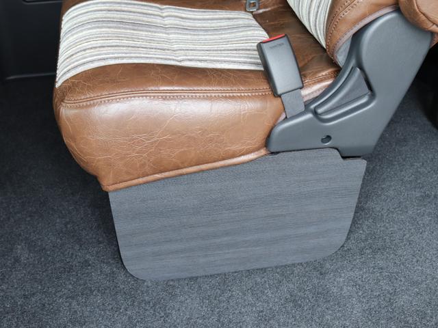 GL FLEXカスタム 4WD寒冷地仕様 リノカシートカバー パナソニックナビ ETC 後席フリップダウンモニター パノラミックビューモニター デジタルインナーミラー(22枚目)