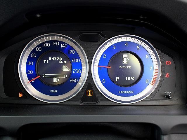ボルボ ボルボ V60 T4 Rデザイン セーフティPKG 本革 衝突軽減