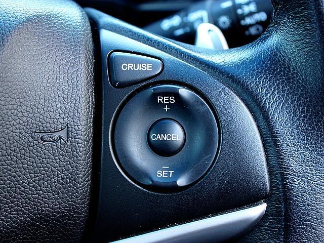 高速道路での走行をサポートしてくれるクルーズコントロールも搭載されていますので、長距離ドライブでも安心です☆