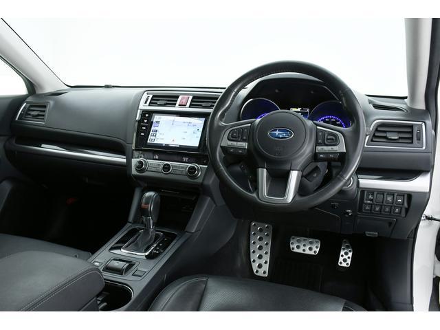 リミテッド 4WD サンルーフ 黒本革 8型専用ナビ STi(5枚目)