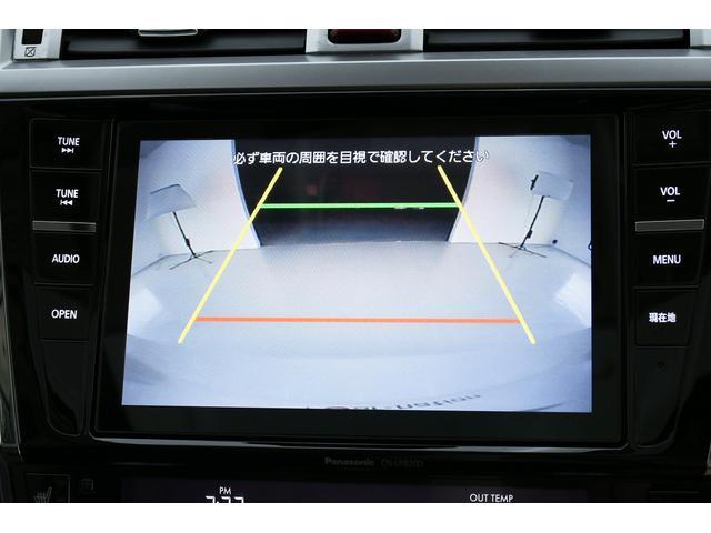 リミテッド 4WD サンルーフ 黒本革 8型専用ナビ STi(16枚目)