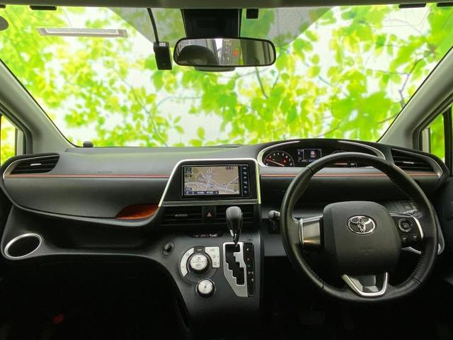 Gクエロ 純正 7インチ メモリーナビ/両側電動スライドドア/車線逸脱防止支援システム/ヘッドランプ LED/ETC/EBD付ABS/横滑り防止装置/アイドリングストップ/TV/エアバッグ 運転席 ワンオーナー(4枚目)