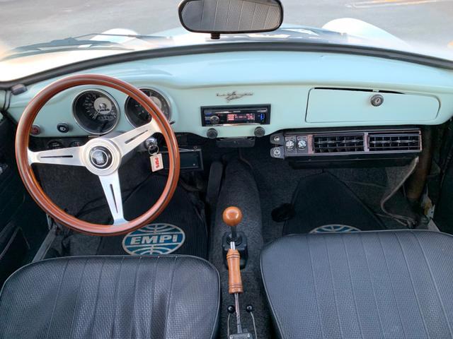 「フォルクスワーゲン」「VW カルマンギア」「クーペ」「神奈川県」の中古車18