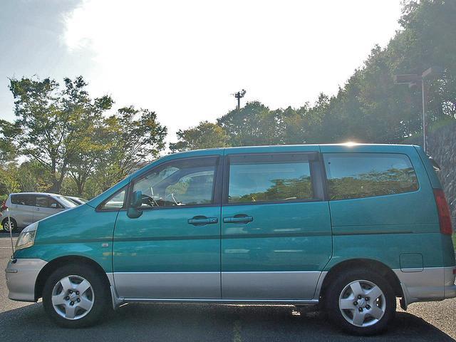 「日産」「セレナ」「ミニバン・ワンボックス」「東京都」の中古車3