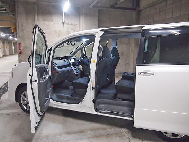 「トヨタ」「ヴォクシー」「ミニバン・ワンボックス」「東京都」の中古車10