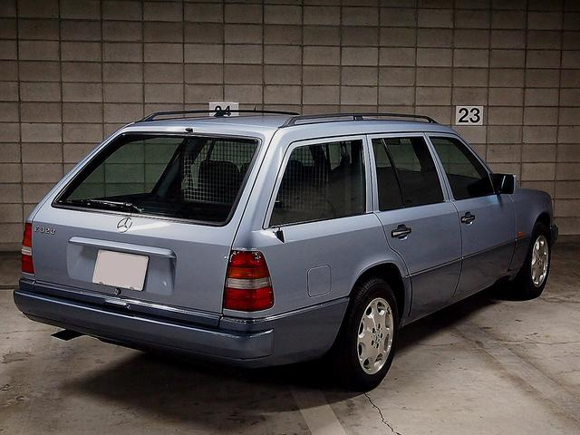 「メルセデスベンツ」「Eクラスワゴン」「ステーションワゴン」「東京都」の中古車9