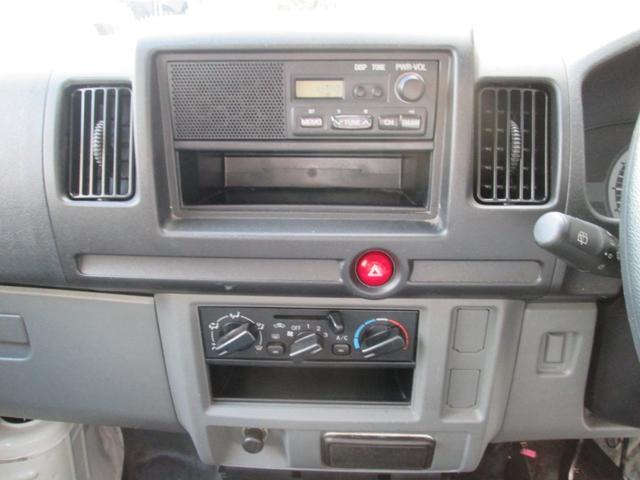 ラジオ エアコンの効きも良好です。
