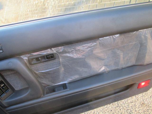 新車からのカバー付きです。