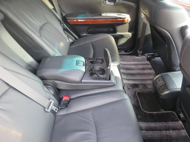 トヨタ ハリアー 240G 3連プロジェクターHIDライト 黒カワシート