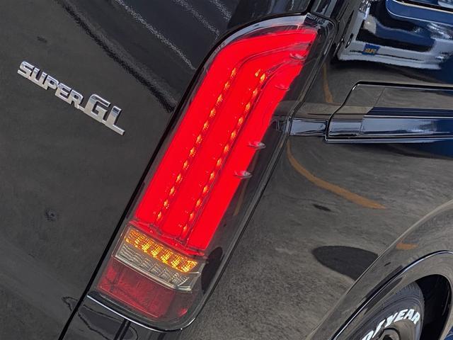 スーパーGL ダークプライムII FLEXカスタムパッケージ ローダウン フロントスポイラー オーバーフェンダー 17インチアルミ LEDテール フルセグナビ LEDヘッドライト 両側パワースライドドア パノラミックビューモニター(20枚目)