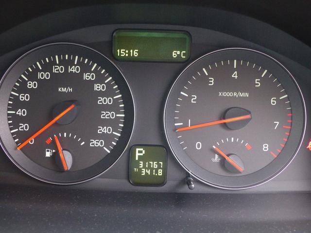 ボルボ ボルボ V50 2.4i SE レザー サンルーフ ナビ ワンセグ ETC